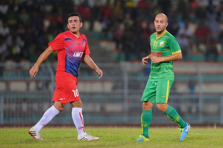 Nelson & Adriano